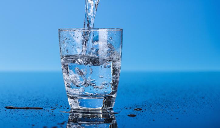 L'acqua come il vino: scegliere quella giusta in base al cibo